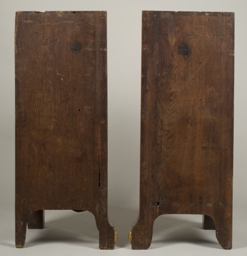 Antiquités - Pair of Louis XV corner cabinets from chateau of Chanteloup