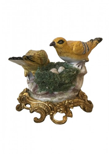 Porcelain from Meissen birds at nest