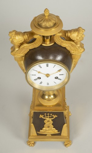 Antiquités - Charles X Mantel Clock