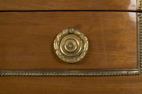 A Louis XVI commode à encoignures attributed to C.C. SAUNIER -