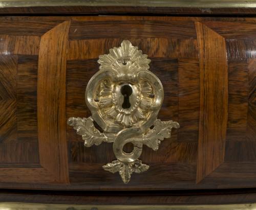 Régence rosewood commode, around 1750 -