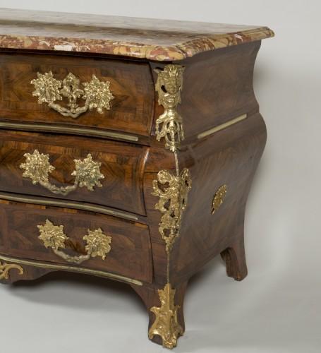 French Regence - Régence rosewood commode, around 1750