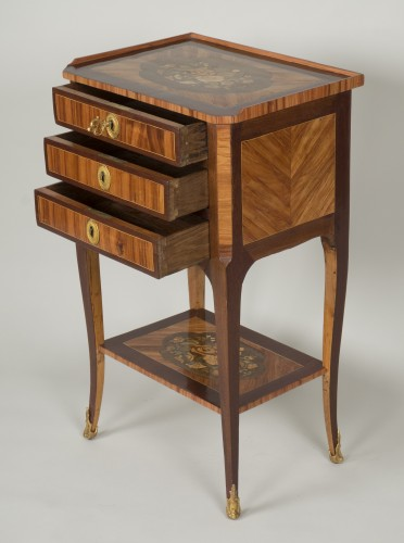 Furniture  - Chiffonnière table attributed to M. Ohneberg