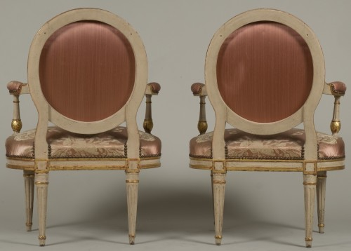 Antiquités - Pair Of Louis XV Armchairs by Delaunay