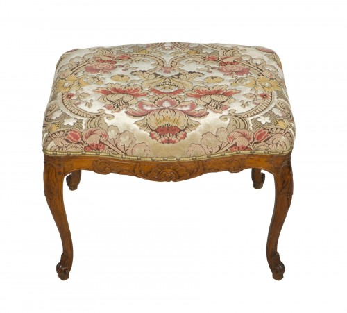 Louis XV beech stool