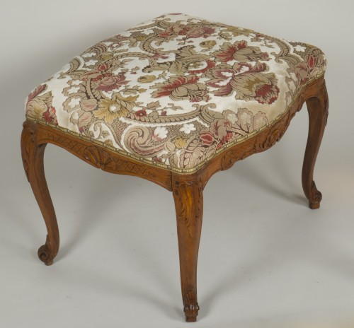 Louis XV beech stool - Louis XV