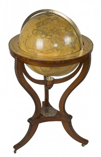 Globe by ADDISON &Cie