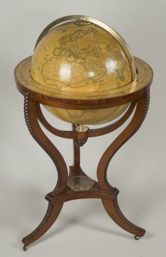 Collectibles  - Globe by ADDISON &Cie
