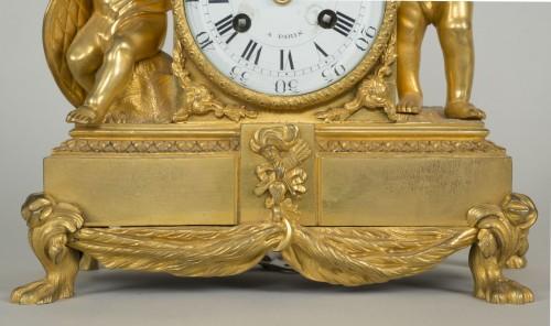 Louis XVI Small Clock - Clocks Style Louis XVI