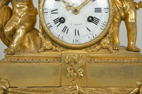 18th century - Louis XVI Small Clock