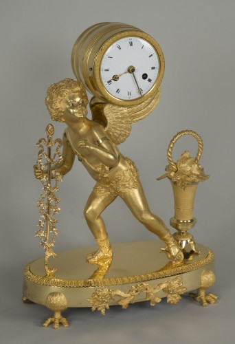 Gilt Bronze Clock depicting Cupid - Clocks Style Restauration - Charles X