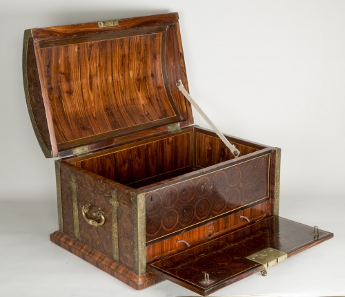 18th century - Exceptional Louis XIV Chest