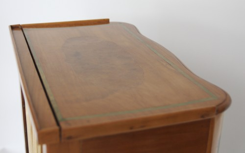 Table with screen stamped Hache Fils à Grenoble - Furniture Style