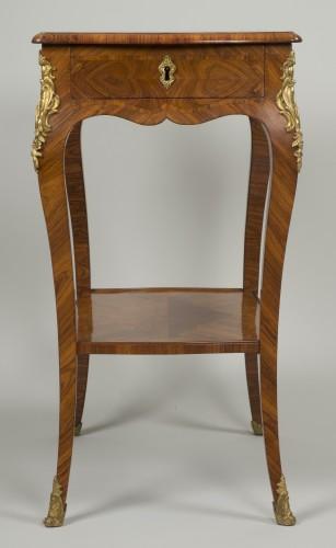 Small Louis XV Table de Salon -