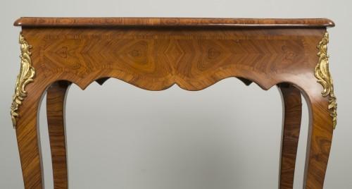 Small Louis XV Table de Salon - Louis XV