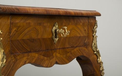 Louis XV - Small Louis XV Table de Salon
