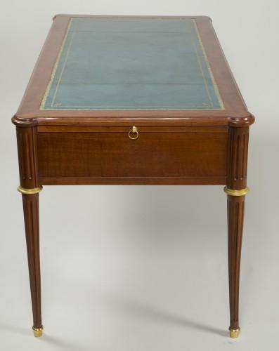 Furniture  - Louis XVI Mahogany Bureau plat