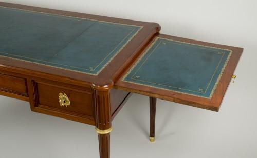 Louis XVI - Louis XVI Mahogany Bureau plat