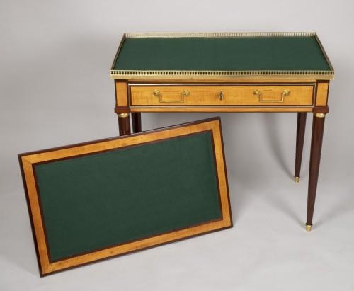 Louis XVI amaranth and lemon tree desk - Furniture Style Louis XVI