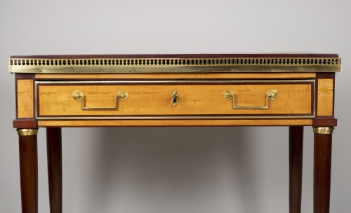 Louis XVI - Louis XVI amaranth and lemon tree desk