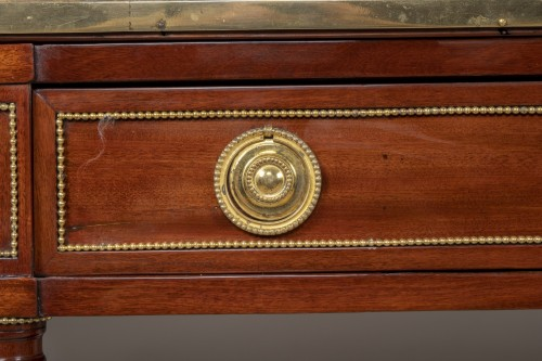 Great Louis XVI mahogany console stamped by Fidelys Schey -