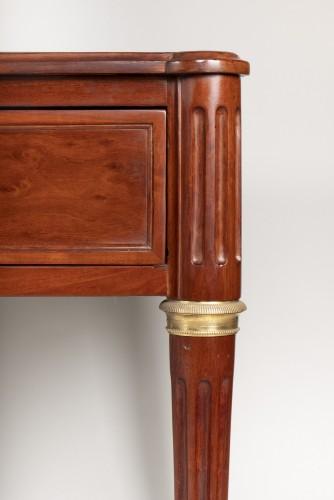 18th century - Louis XVI mahogany desk attributed to Fidelys Schey