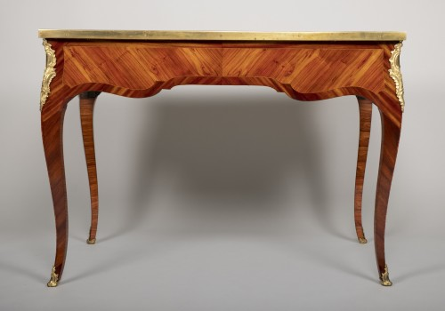 Small Louis XV desk attributed to Genty - Furniture Style Louis XV