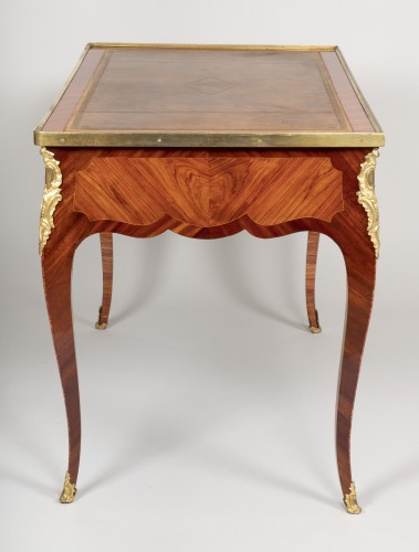 Small Louis XV desk attributed to Genty -