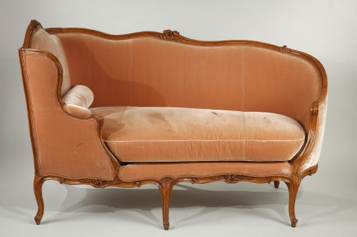"Pair of Louis XV ""veilleuses"" sofas - Seating Style Louis XV"