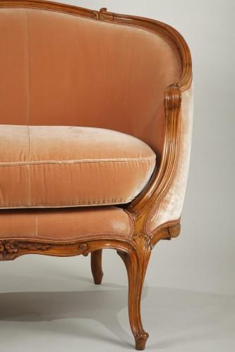 """18th century - Pair of Louis XV """"veilleuses"""" sofas"""