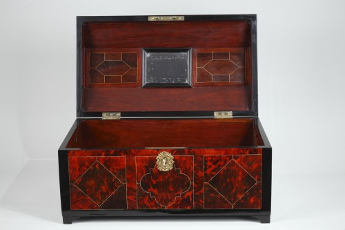 Great Louis XIV Chest -