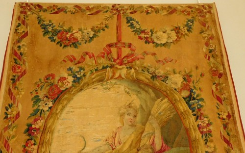18th century Aubusson tapestry - Ceres, allegory of summer - Tapestry & Carpet Style Louis XVI