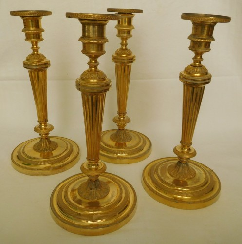 Set of  Louis XVI ormolu candlesticks attributed o Claude Galle - Lighting Style Louis XVI