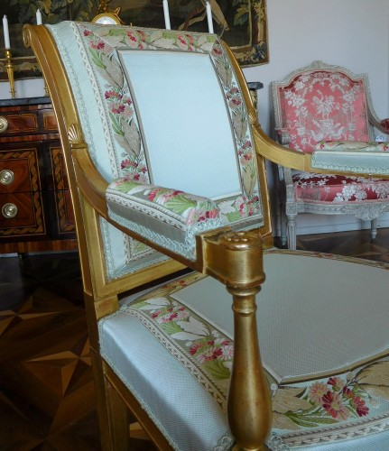 Pair of gilt wood armchairs - France circa 1796-1799 - Directoire