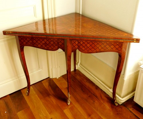 Louis XV marquetry game table / card table  -