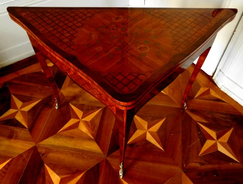 Louis XV - Louis XV marquetry game table / card table
