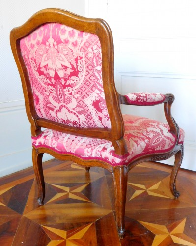 Louis XV - Fauteuil Louis XV estampillé Michel Cresson