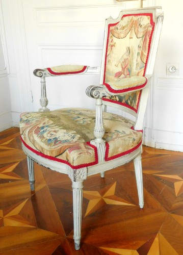 Pair of Louis XVI cabriolet armchairs - 18th century Aubusson tapestry - Louis XVI