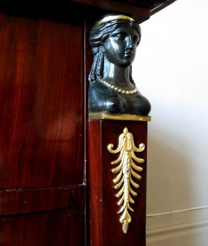 Empire - Mahogany commode, Empire Consulat period
