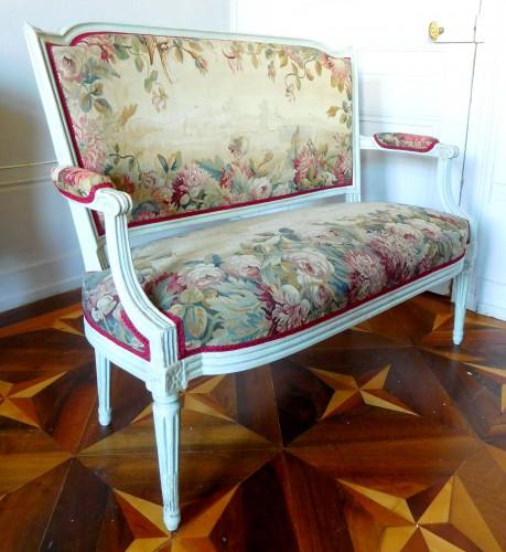 Louis XVI Sofa With Aubusson Tapestry - Circa 1780 - Seating Style Louis XVI