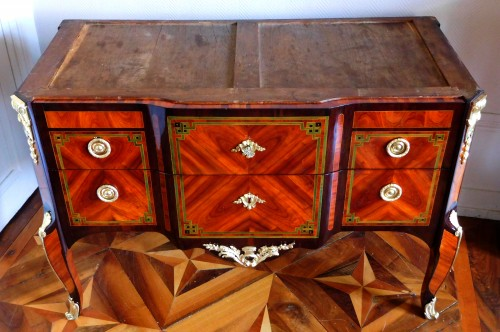 Transition Period Marquetry Commode, Circa 1775  - Stamped  Ohneberg - Transition