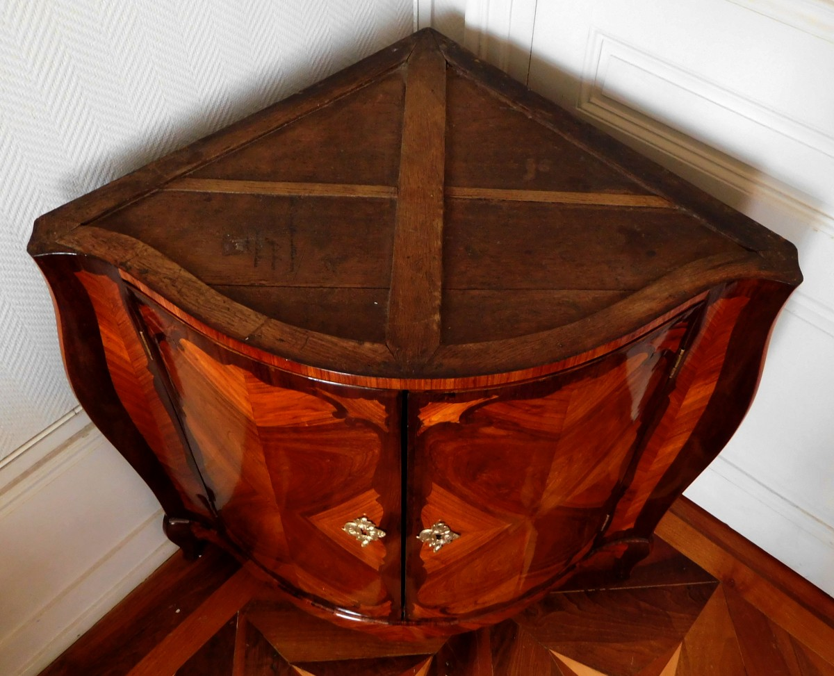 Louis XV Corner Cupboard by Nicolas Petit - Ref.74747