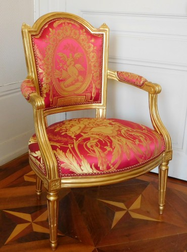 Louis XVI cabriolet armchair, gold leaf gilt - stamp of Mariette - Seating Style Louis XVI