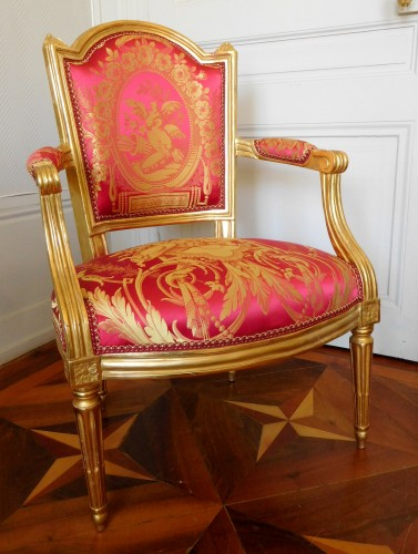 Seating  - Louis XVI cabriolet armchair, gold leaf gilt - stamp of Mariette