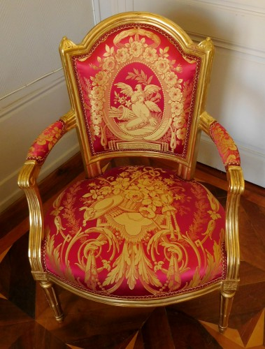 Louis XVI cabriolet armchair, gold leaf gilt - stamp of Mariette - Louis XVI