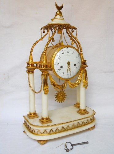 18th Century So-called A La Turque Clock By Furet - Louis XVI Period - Clocks Style Transition
