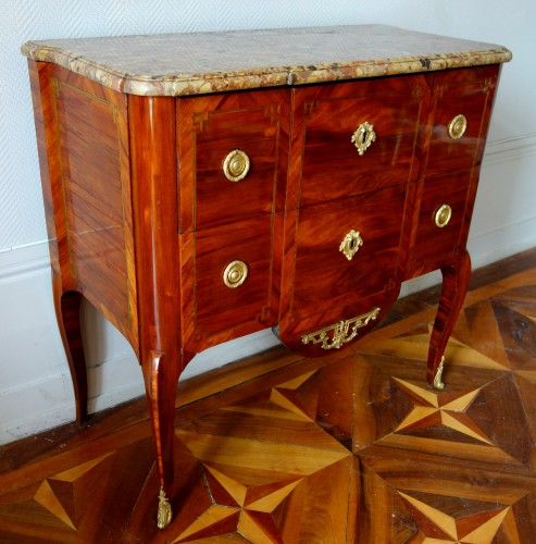 Commode sauteuse transition estampillée de Guillaume Kemp - Mobilier Style Transition