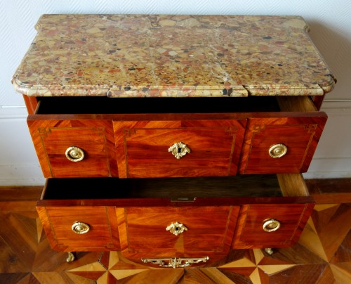 Commode sauteuse transition estampillée de Guillaume Kemp - GSLR Antiques