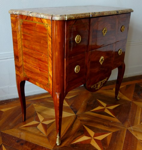 Transition - Commode sauteuse transition estampillée de Guillaume Kemp