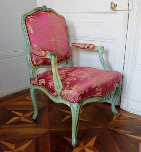 Seating  - Pair of Louis XV armchairs à la Reine - Sylvain Blanchard stamp
